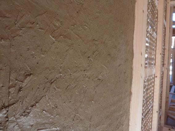 土壁の塗り完了