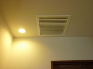 廊下:集中排気口
