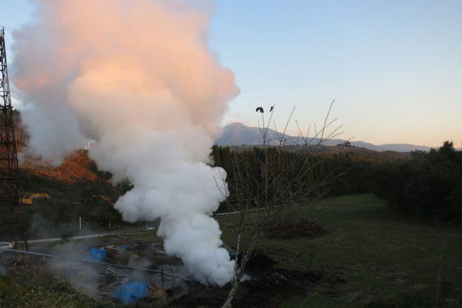 大地から出る水蒸気1